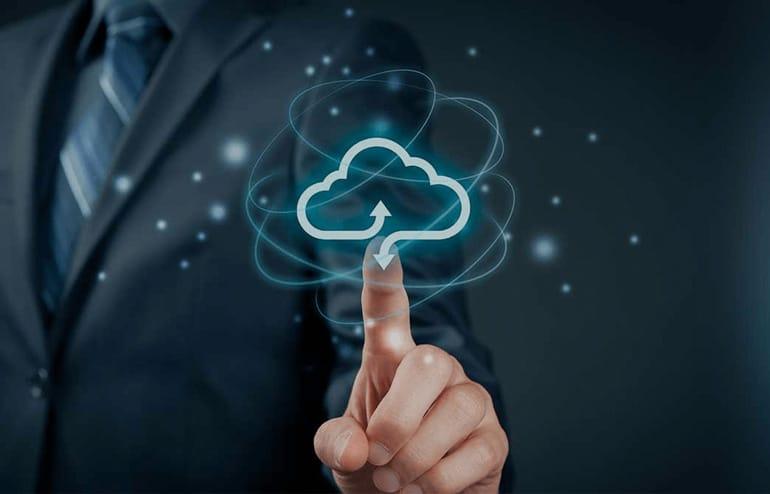 Preocupe-se com o seu negócio e largue os problemas de TI com o Serviço Cloud 1